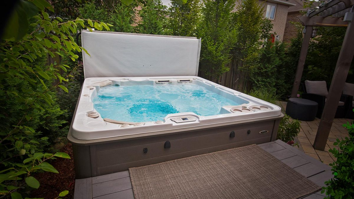hot tub manufacturers list